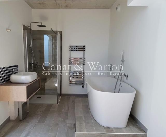 Wondrous Buy Downtown Close School Of Renom Hyeres Apartment For Download Free Architecture Designs Griteanizatbritishbridgeorg
